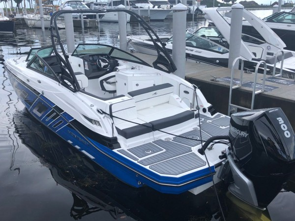 Goga-Yachting-Club-Monterey-Outboard-01