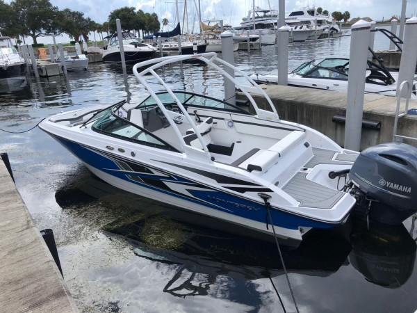 Goga-Yachting-Club-Monterey-Outboard-06