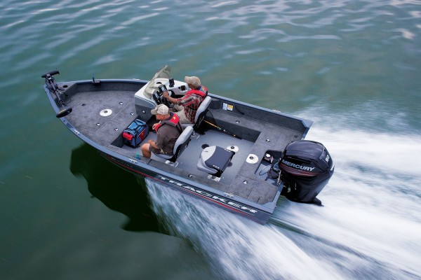 TRACKER Deep V Boats Pro Guide V 16 SC (35)