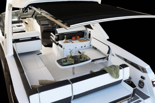 Monterey 385SE Cockpit with Sureshade