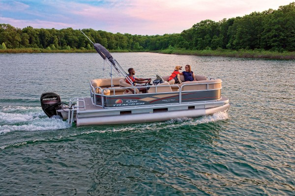 Sun Tracker Party Barge 18 DLX 2019 07