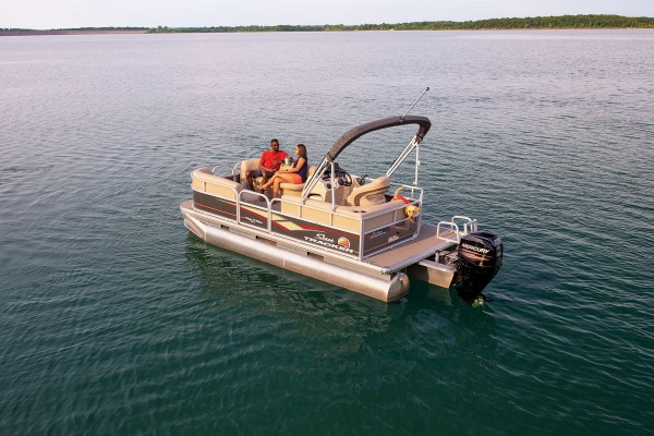 Sun Tracker Party Barge 18 DLX 2019 10