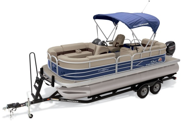 Sun Tracker Party Barge 20 DLX 2019 01