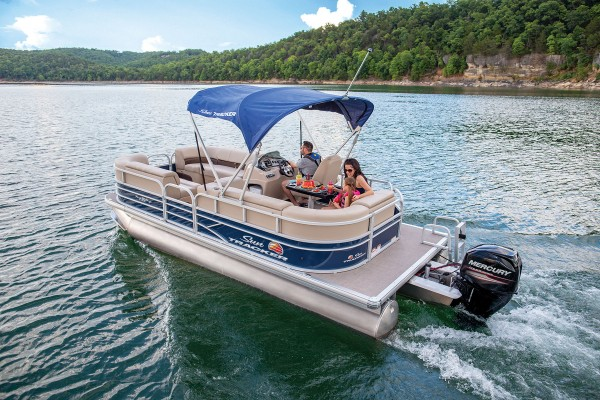 Sun Tracker Party Barge 20 DLX 2019 08