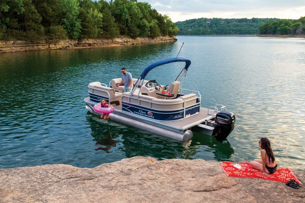 Sun Tracker Party Barge 20 DLX 2019 10