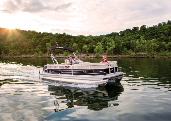 Sun Tracker Party Barge 22 RF DLX 2019 06