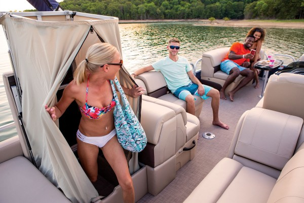 Sun Tracker Party Barge 22 RF XP3 2019 02