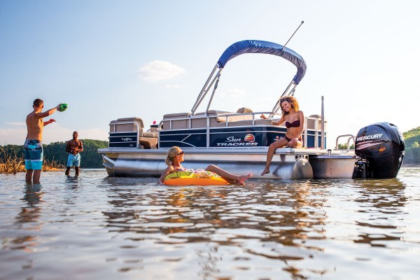 Sun Tracker Party Barge 22 RF XP3 2019 07