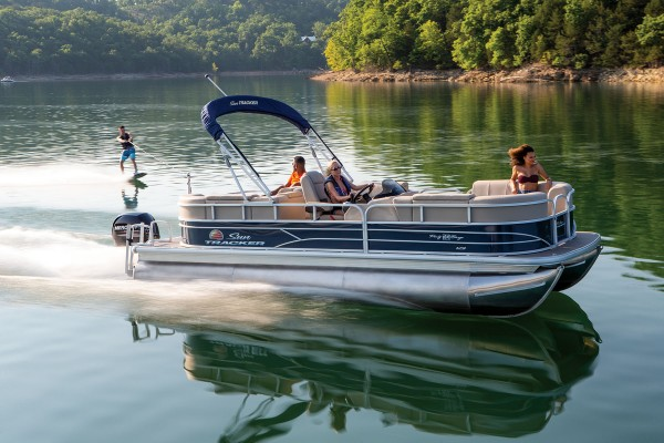 Sun Tracker Party Barge 22 RF XP3 2019 10