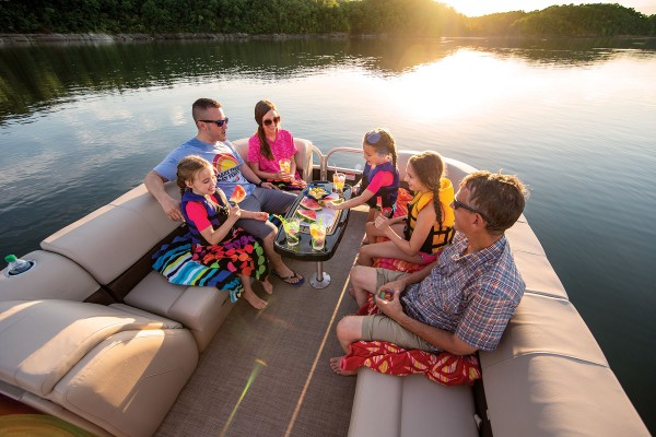 Sun Tracker Party Barge 24 DLX 2019 06
