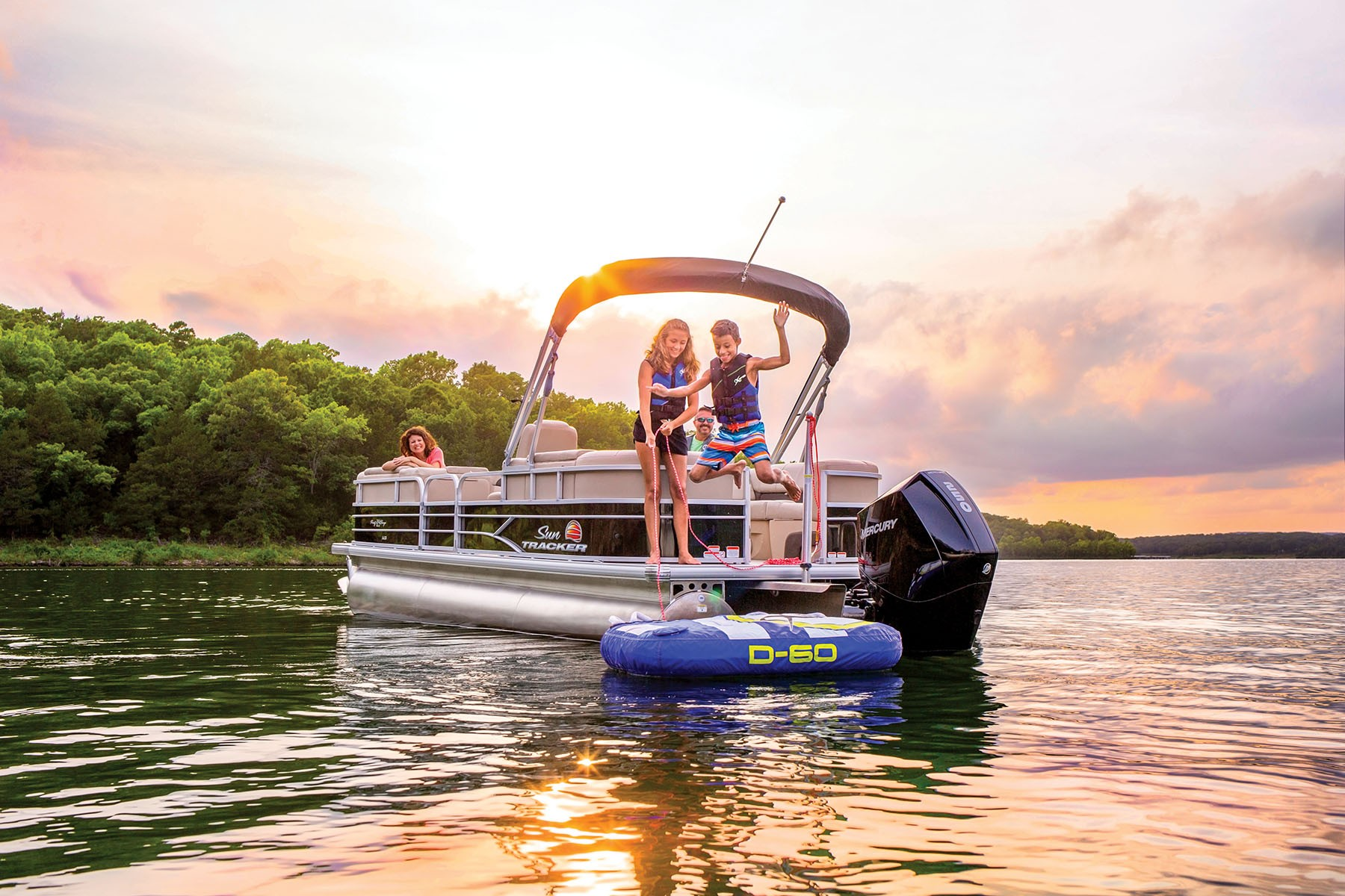 Sun Tracker Party Barge 24 XP3 2019 10