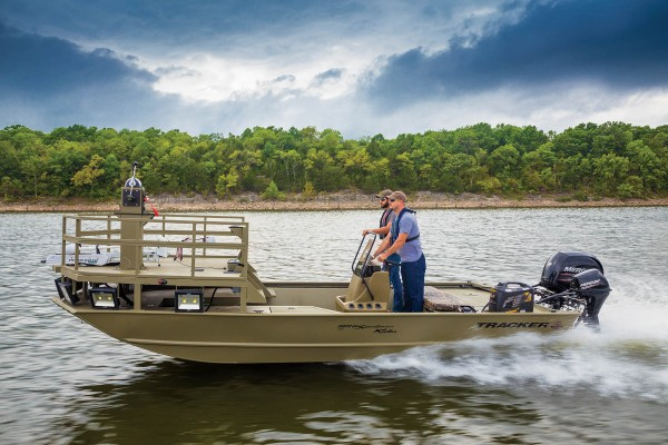 Tracker Grizzly 2072 CC Sportsman Kicker 2019 09