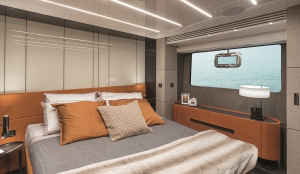 Cranchi Settantotto owner-cabin-24