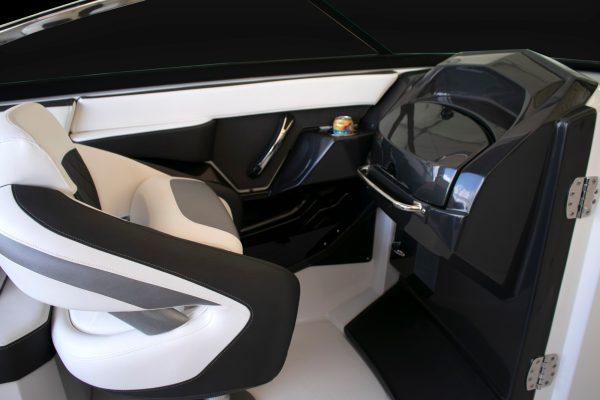 Monterey 275SS Port Seat