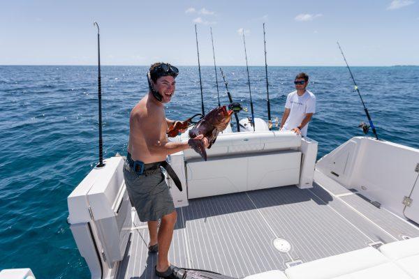 Regal 38 sav lifestyle_fishing_diving363