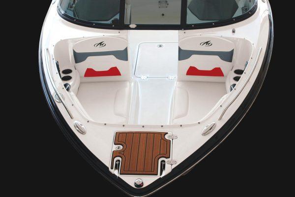 Monterey 224FS Bow