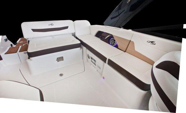 Monterey 258SS Cockpit Seating