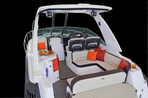 Monterey 355SY Cockpit