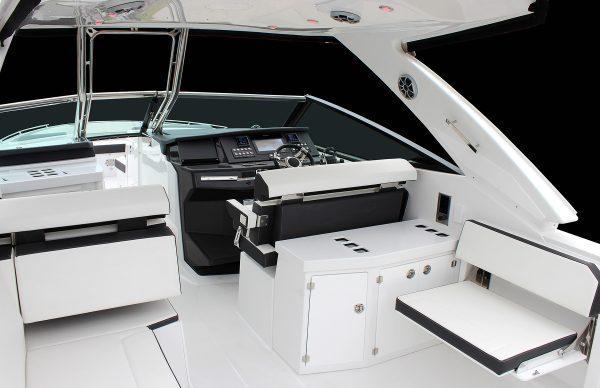 Monterey 378SE Cockpit