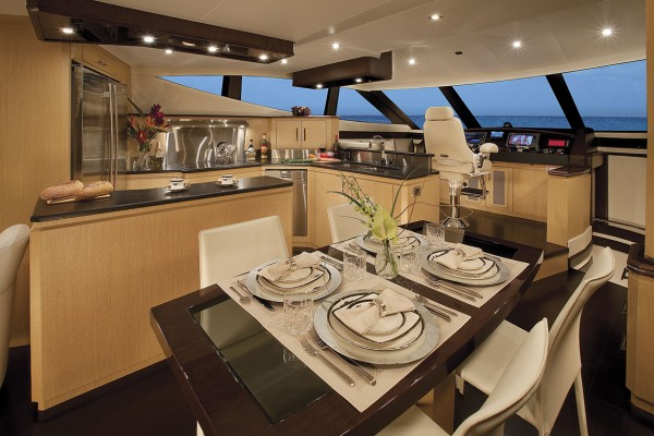 Marquis 720 Tri-Deck Galley