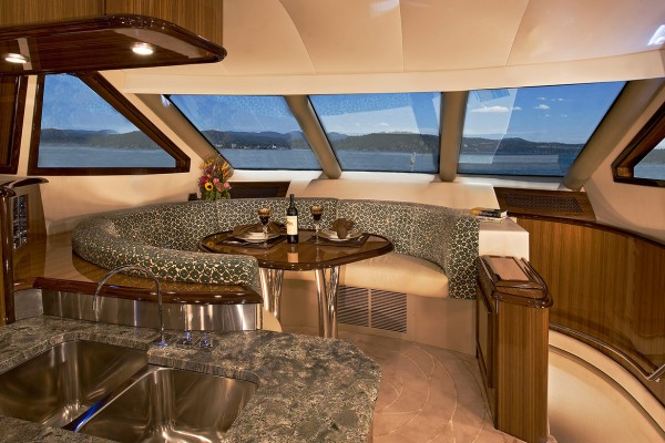 Marquis 720 Tri-Deck Dining