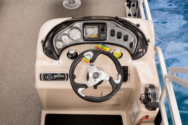 Sun Tracker Fishin Barge 22 DLX 6