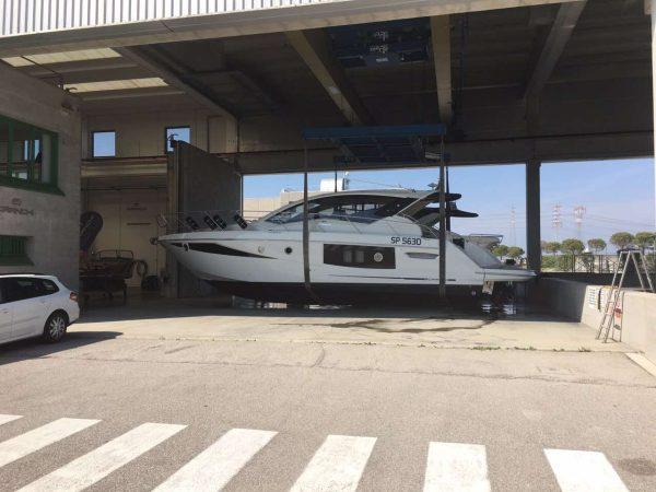 Goga Yachting Club - Cranchi 08