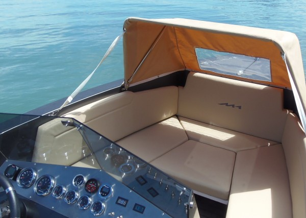 M1 Yachts 240 SL front