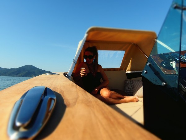 M1 Yachts 240 Vintage Lifestyle 2