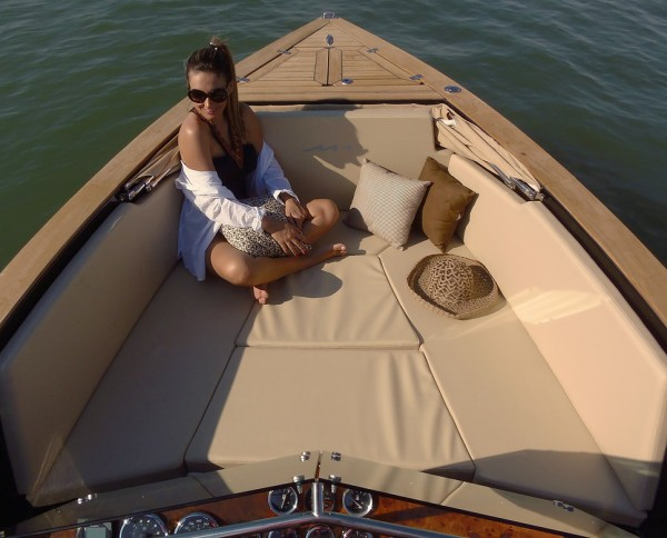 M1 Yachts 240 Vintage Lifestyle 3