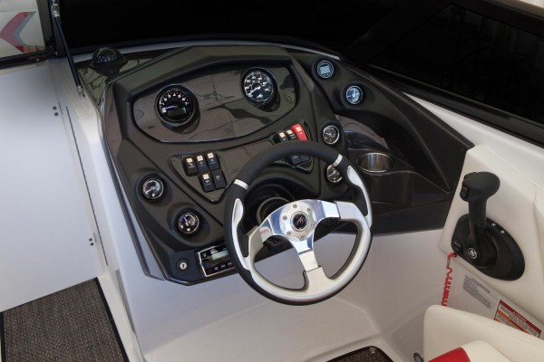 Monterey M6 Helm
