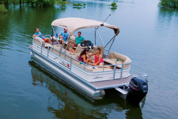 Sun Tracker Party Barge 24 DLX 5