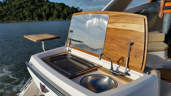 FS Yachts 320 Elite Grill